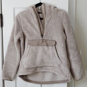 SOFTEST The North Face Teddy Pullover Zip, Small